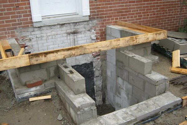 09concrete-porch-framed